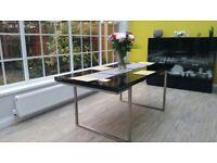 Black gloss table