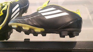 Soccer cleats-size 2