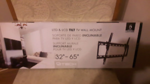 brand new tiltable TV wall mount