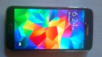 Samsung s5 5s with otter box excellent