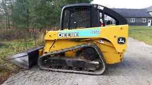 CT 322 John DEERE skid steer