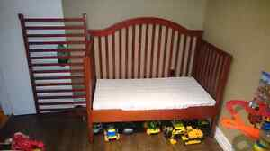 Solid wood. 3 in 1 crib and mattress.. Excellent condition..
