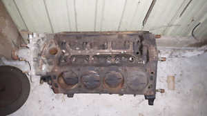 Ford Mustang 5.0 engine block