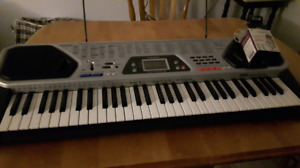 MIDI keyboard caviar MD-982