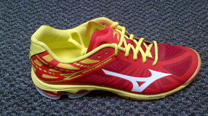 Brand New Volleyball Shoes Kitchener / Waterloo Kitchener Area image 1