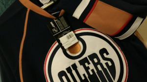 Authentic Rare 2007 Oiler's Jersey - with Tags! $80