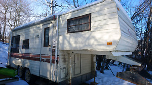 5th wheel camper PRICE REDUCED
