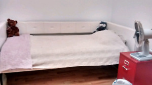 Day bed with matress