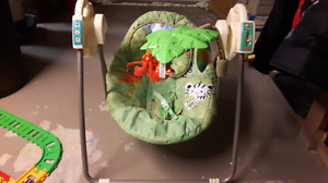 Infant swing compact/travel