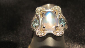 BLUE MOONSTONE & BLUE TOPAZ RING; VINTAGE APPEAL.  NEW!
