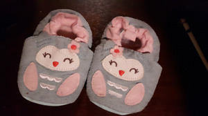 Girl Baby Booties -0- 6 months