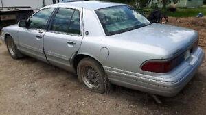 1996 Lincoln Town Car Sedan
