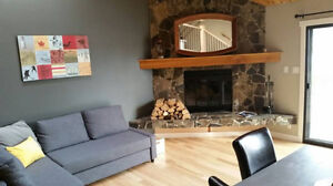 3 LEVEL 2 BEDROOM FURNISHED CONDO DOWNTOWN CANMORE