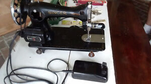 Vintage Singer Sewing Machine with Buttonholer, Accessories London Ontario image 2