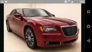REDUCED-2012 Chrysler 300S 5.7l low kms