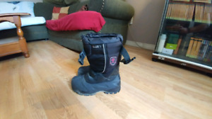 Size 5. Boys winter boots