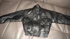 Manteau noir cuirette