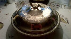 Large beautifully Designed Silver Covered Dish with Pyrex Dish