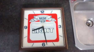 Budweiser bar light and clock