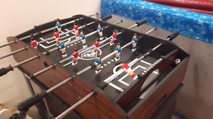 6 Game Table - Fusball, air hockey, ping pong, ++
