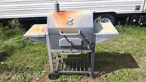 Smoker bbq Cambridge Kitchener Area image 1