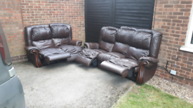 FREE DELIVERY!! 3+2 SEATER RECLINER SOFAS
