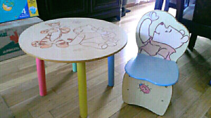 Winnie the Pooh table and chair