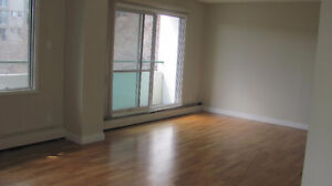 The Marquis Condo - 1 Bed 1 Bath Downtown - Available Now