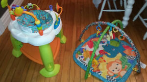 Zoo bouncer (3 levels) and play mat