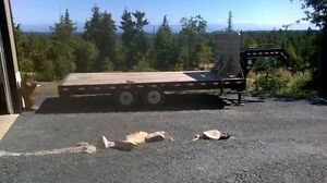 20 FOOT GOOSENECK TRAILER
