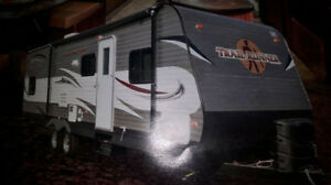 Heartland Travel Runner 29ft,Excellent Condition,like new