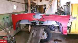 Toyota Tacoma fenders and 4 cylinder motor