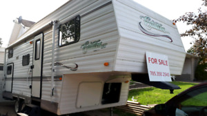 Reduced! 2004 Citation Fifth Wheel