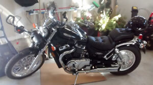 2003 Suzuki VS-800GL Intruder for sale;  Excellent condition