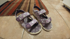 Joe Fresh girls sandals (size 10)