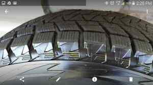 4 Pneus Hiver Blizzak Bridgestone P225/70/R18 presque neufs West Island Greater Montréal image 4