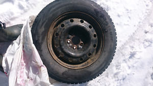 4 winter tires with rims 215/70 r16