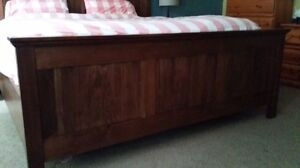 King Size Bed Frame  Kitchener / Waterloo Kitchener Area image 2