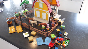Playmobil #5222 - Country / Children's pony farm