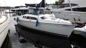 24' HUNTER - Mid Winter Price!
