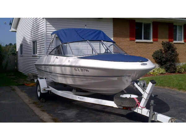 Used 1998 Bayliner 1600 CE bowrider