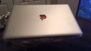 Macbook Pro 2011/W Magic mouse and Stand