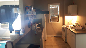 1 BR SUBLET  $750 + water 25 & hydro about 60