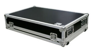 Roadcase pour console mackie 32-8