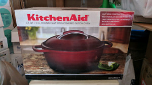 KitchenAid 3.5 QT/ 3.3 Round Cast Iron Dutch Oven