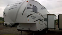 SAVE 1000`S ON THIS FIFTH WHEEL LIKE NEW!!