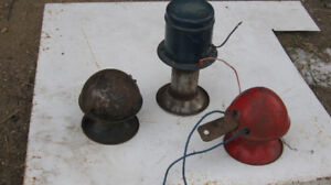 Antique auto horns and magnetos