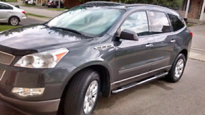 2011 Chevy Traverse LS 8 seats for sale