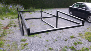 Full size truck back rack with removable bar