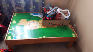 Large train set and table